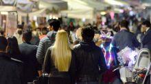 Firmato Dpcm: stop a calcetto, feste e stretta su movida