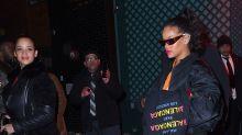 Rihanna luce irreconocible con este look de ropa ancha en Nueva York