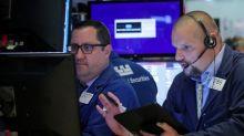 Bolsas dos EUA fecham em queda com menor aposta em corte de juros