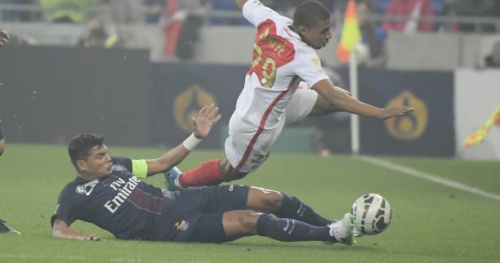 Foot - L1 - Monaco - Thiago Silva a fait mal à Kylian Mbappé