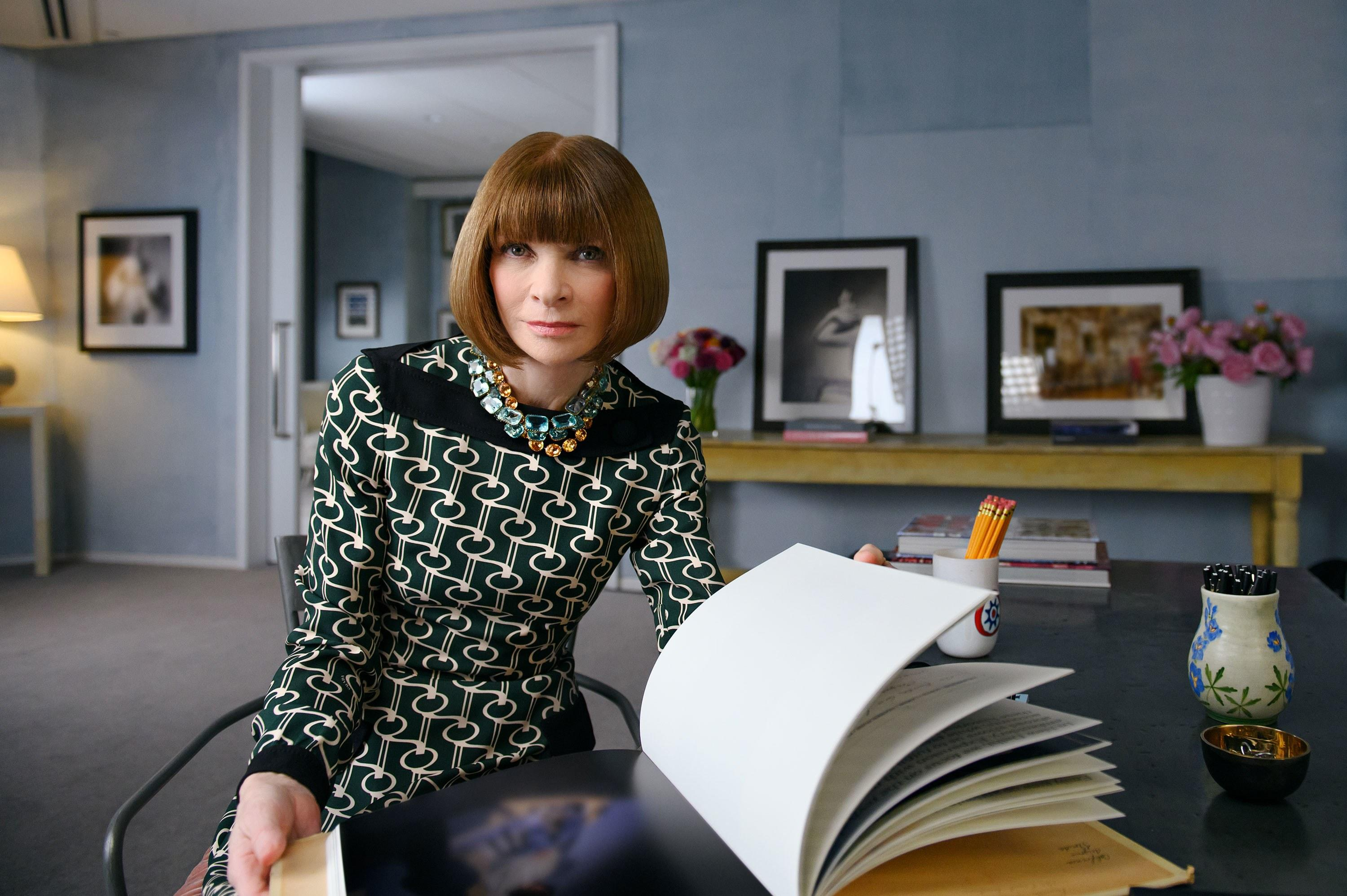 Anna Wintour Shares Her Creativity and Leadership Expertise in New MasterClass Series