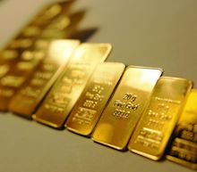 Gold Price Prediction – Prices Break Out To 8-Year Highs as US Yields Ease