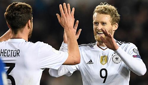 """DFB-Team: """"Pudelwohl"""": Schürrle schwärmt von Löw"""