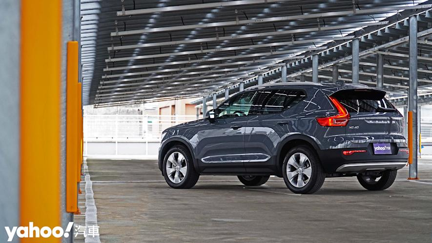 為入門重新定義!2021 Volvo XC40 T3 Momentum城中試駕 - 3
