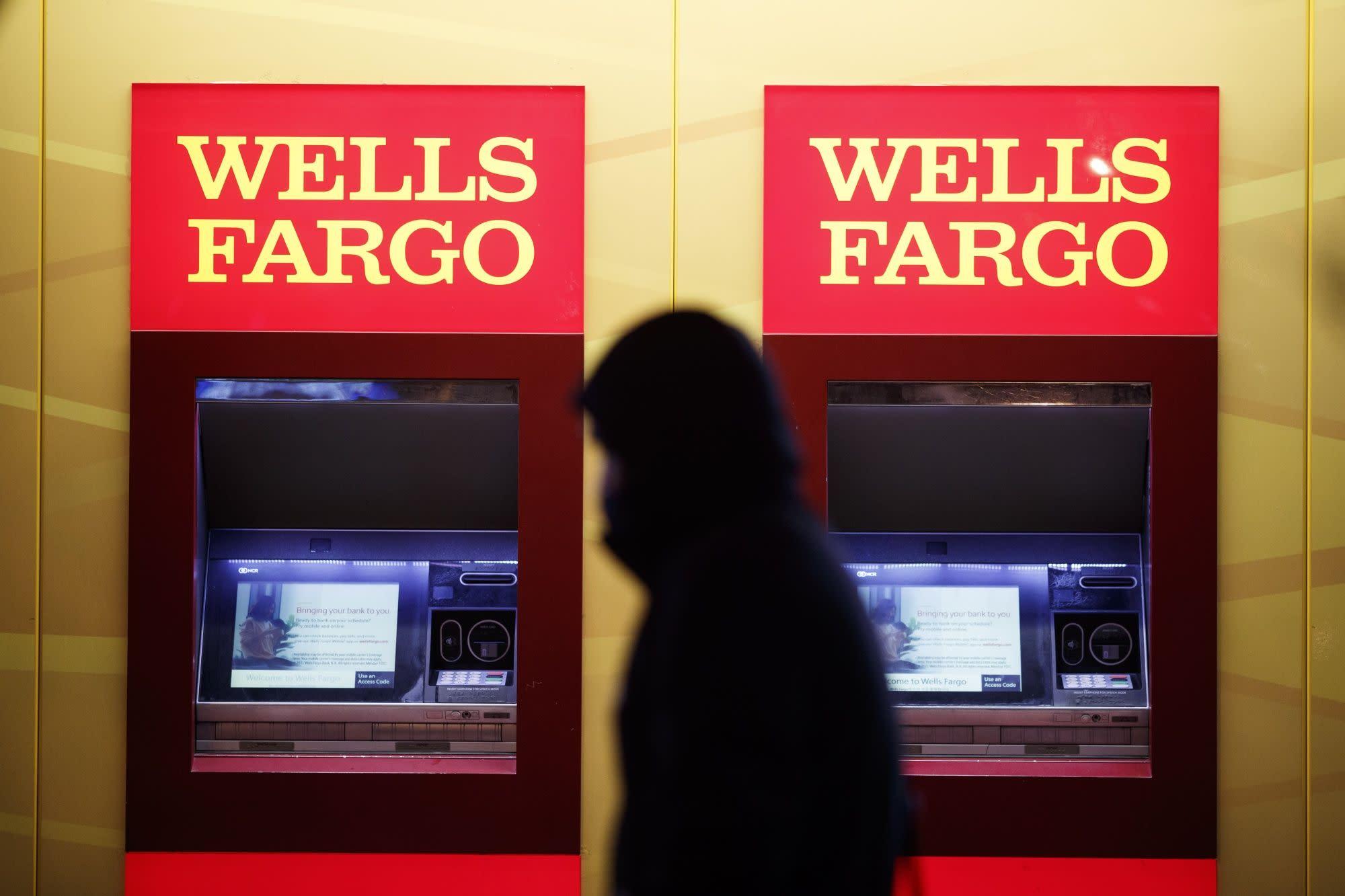 Wells Fargo ejecuta operaciones de cuatro bloques por valor de $ 2 mil millones