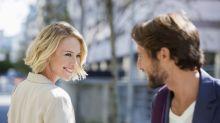 """Neueste Erkenntnis der Wissenschaft: Das ist der perfekte """"Flirtgesichtsausdruck"""" bei Frauen"""