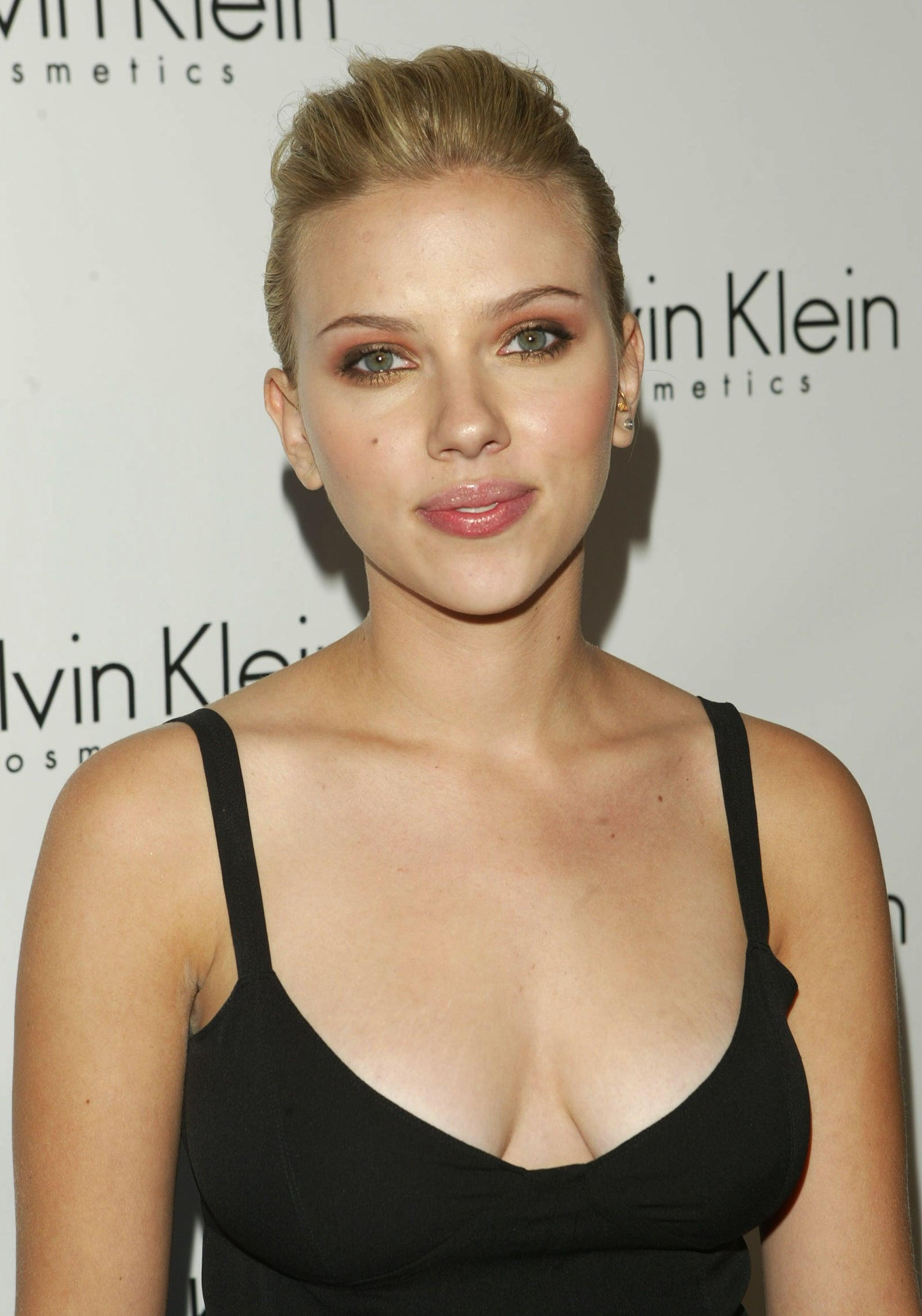 These Insanely Sexy Scarlett Johansson Pictures Will Stop You In