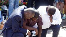 Otros 3 policías encausados por muerte de George Floyd