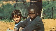 Brasileiro explica capas dos melhores álbuns da MPB