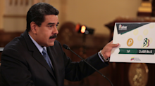 10 pictures reveal the huge amounts of cash Venezuelans need to buy everyday things