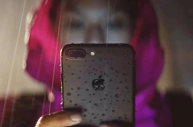The iPhone 7's best new feature is water resistance
