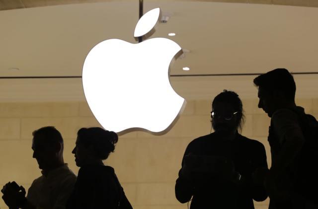 Apple's former insider trading watchdog indicted for... insider trading