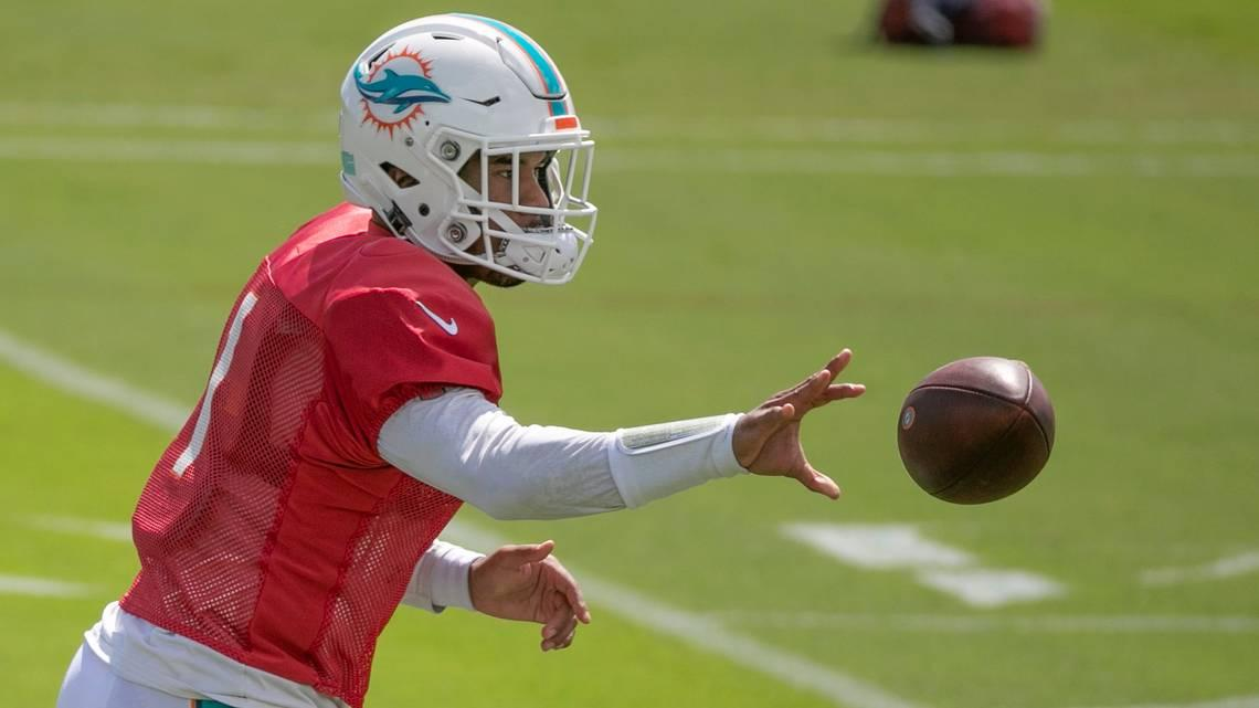 Tua Time? Why his hip injury has become less of a concern. Plus Flores on Parker