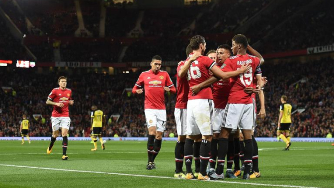 Marcus Rashford and Anthony Martial dazzle as Manchester United make light work of Burton in EFL Cup