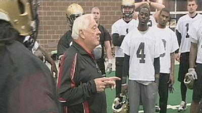 Iowa Barnstormers Think Bigger Is Better In 2011