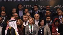 Syrian opposition pushes for unity in Saudi talks