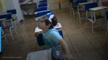 Em 1 mês de volta às aulas, Manaus tem 1,7 mil afastados por Covid-19