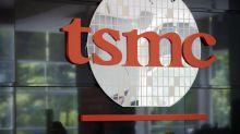 TSMC Pares Gains After $72 Billion Surge to Start the Week