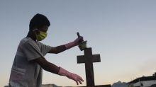 Covid-19: Brasil tem 135.793 mortes e 4.495.183 casos confirmados, dizem secretarias de Saúde
