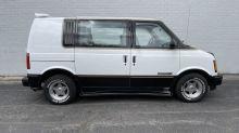 GMC Safari GT, a rad-era hauler with custom-van swagger