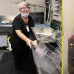 Florida Woman Takes Job As Dishwasher In Nursing Home To See Husband After 114 Days Apart