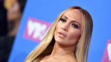¿Qué le pasó a Jennifer López en los MTV VMAs?; su rostro lucía extraño