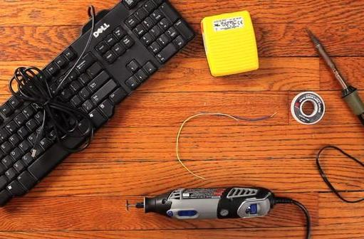 Matt Richardson MacGuyvers a Google Reader pedal out of just these items, zero duct tape (video)