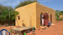 En Afrique de l'Ouest,  la construction en voûte nubienne redore le blason de la maison en terre