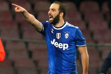 Juve : un doublé, une qualif' et une provocation... Higuain a écoeuré Naples jusqu'au bout !