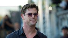Chris Hemsworth bringt Anhalter an dessen Ziel – aber nicht mit dem Auto