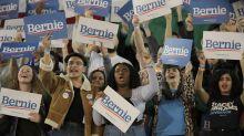 """Michael Bloomberg dijo que los jóvenes apoyan a Bernie Sanders porque """"no leen"""""""