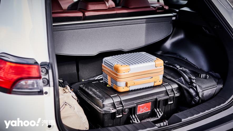 目標明確的新世代跨界之霸!Toyota Corolla Cross 1.8 Hybrid旗艦版花蓮試駕! - 9