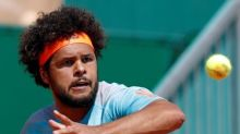 Tsonga warms up for Roland Garros by winning first claycourt title