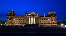 Bundestag debattiert über 30 Jahre Deutsche Einheit