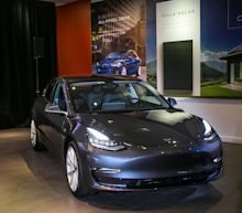Reports: Two Tesla employees diagnosed with COVID-19, some Fremont workers told to finish car production