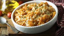 Cyril Lignac partage sa recette du gratin de macaronis croustillants et nous fait retomber en enfance