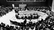 Siège de la France à l'ONU: et pourquoi pas la tour Eiffel à Berlin?