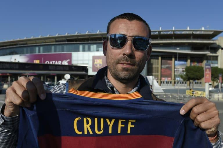 Piden en Twitter rebautizar el Camp Nou como
