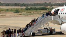 Yemen's warring parties swap prisoners for second day