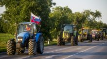 Slovak farmers drive tractors into capital to protest alleged fraud