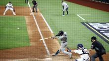 Lowe homers twice as Rays win, level World Series against Dodgers