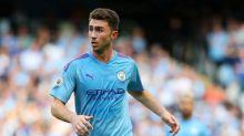 Dois jogadores do Manchester City testam positivo para a Covid-19
