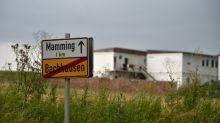 Fazenda na Alemanha mantém 500 funcionários confinados após surto de COVID-19
