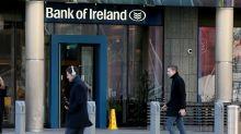 Banks pace European stock market rise