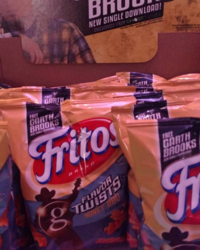 Garth Brooks Releasing GhostTunes-Exclusive Single Via Specially Marked Bags Of Fritos
