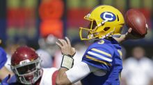 Cal's upset bid ends with turnovers and turmoil in 30-20 loss to USC