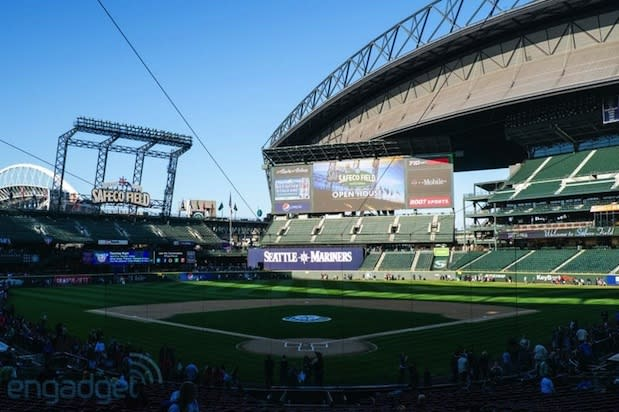 MLB stamps partnership with Qualcomm, hopes it leads to improved connectivity at ballparks