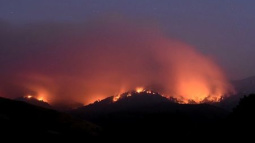 California wildfire wreaks havoc near Big Sur coast