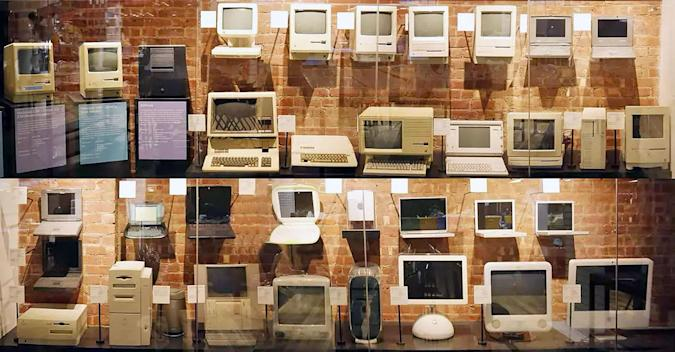 Iconic NY store's extensive Mac collection is up for auction