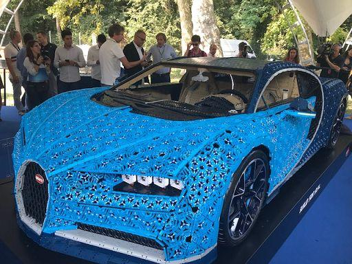 a monza presentata lego bugatti chiron scala 1 1 si pu. Black Bedroom Furniture Sets. Home Design Ideas